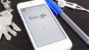 Mobile SEO tips for 2015. How local search, local SEO and mobile SEO are critical to your local business marketing strategy in 2015. What you need to know to stand out on Google's mobile search results.